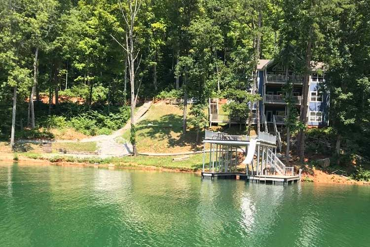 Norris Lake Cabin Rental | Hidden Treasure Norris Lake Waterfront Cabin rentals | Norris Lake Water Sports