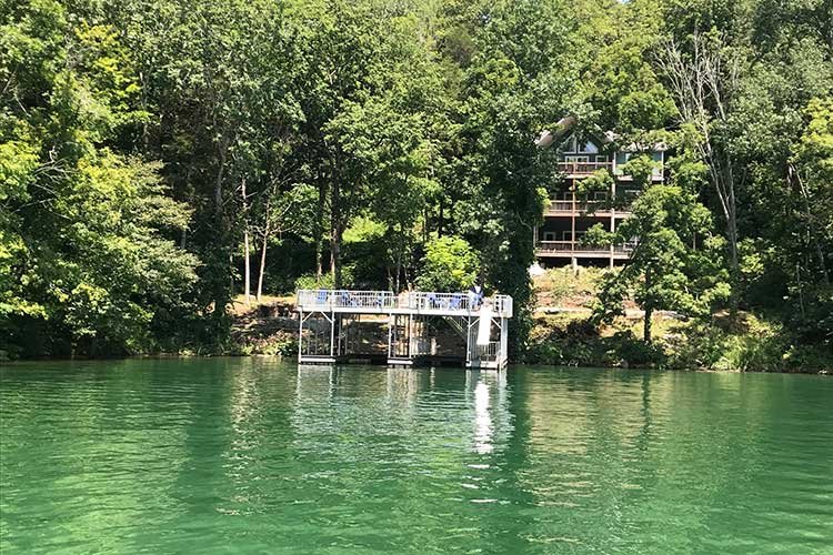 Norris Lake Cabin Rental | A Rock of Ages Norris Lake Waterfront Cabin rentals | Norris Lake Water Sports